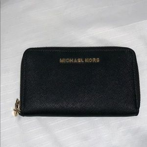 Michael Kors black leather wallet - no wrist strap